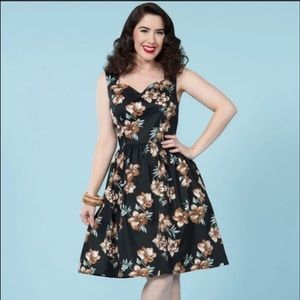 Pinup couture golightly Hawaiian floral tiki dress